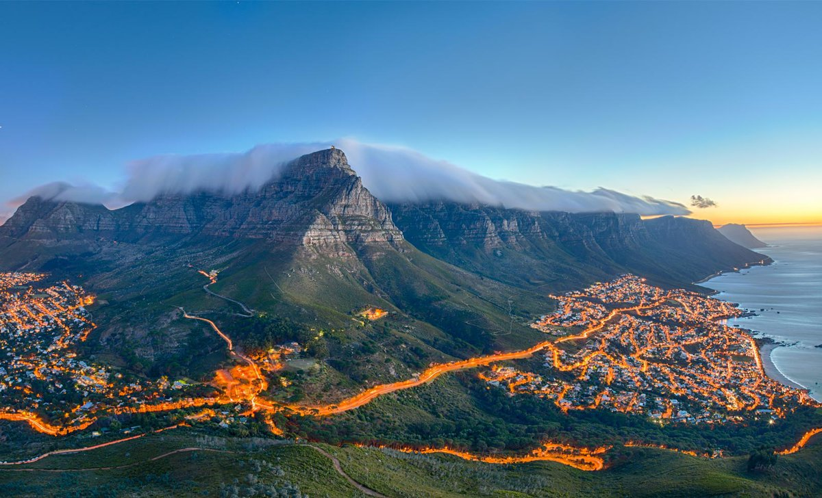 cape-town-table-mountain-camps-bay-dusk-