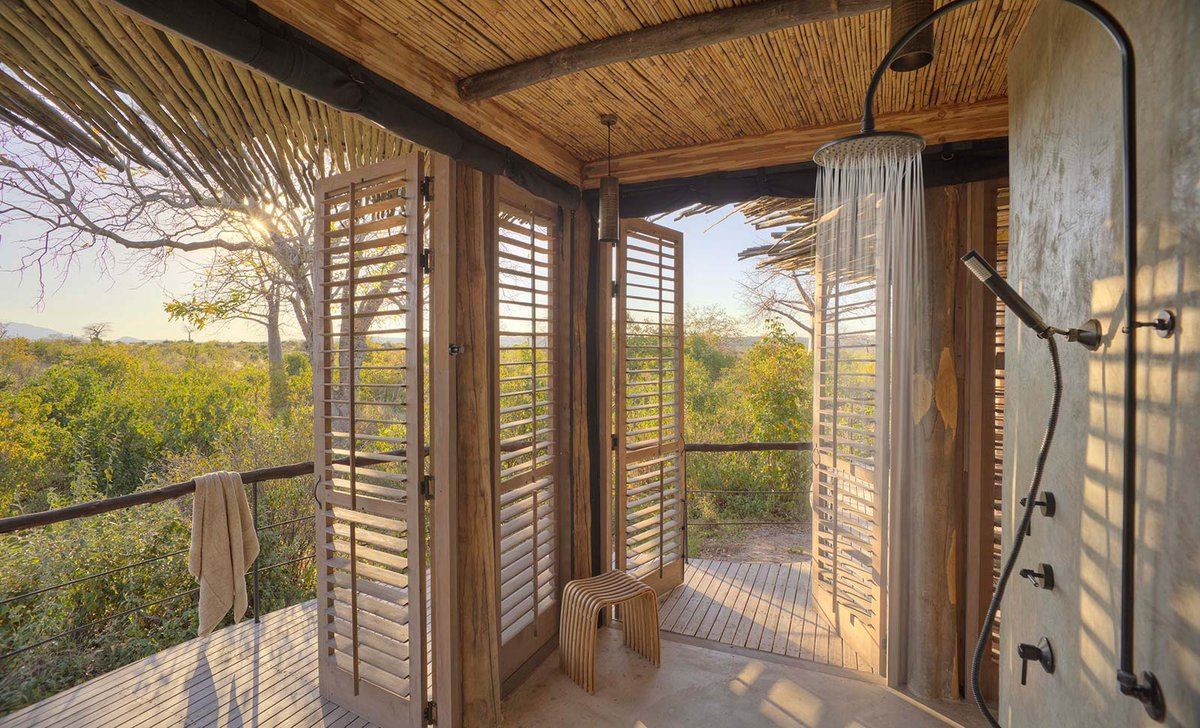 shower with view over bush